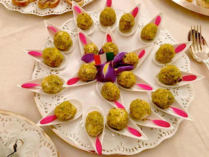 Grapes and cheese Truffles